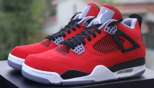 air-jordan-4-toro-bravo-fresh-out-of-the-box